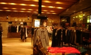 Retail – Clothing Displays